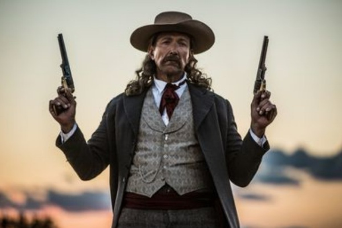 The Actor Who Played Will Bill Hickock, Used Twin Revolvers In A Gunfight.
