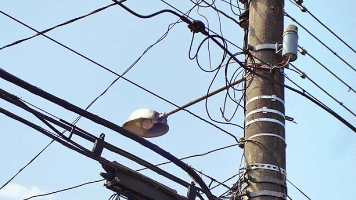Electric pole with loose wiring