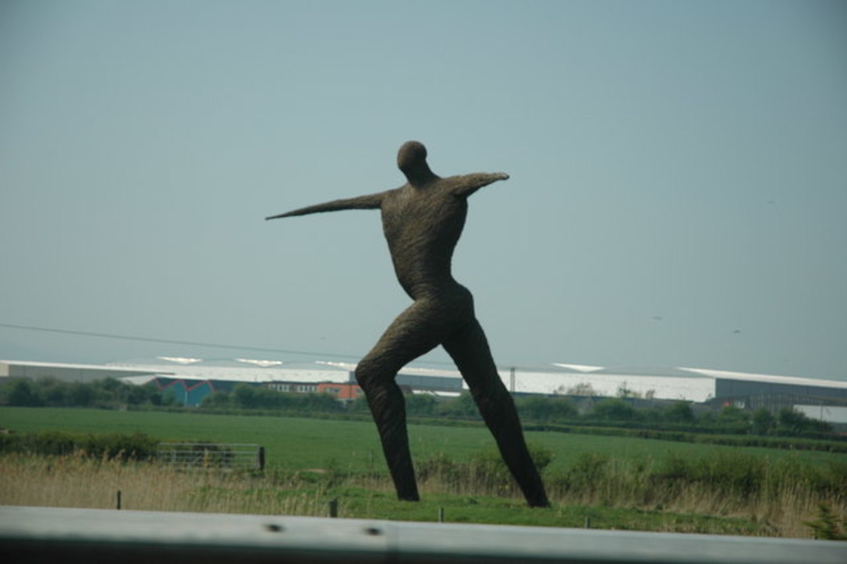 The Willow Man beside the M5, Bridgwater, Somerset