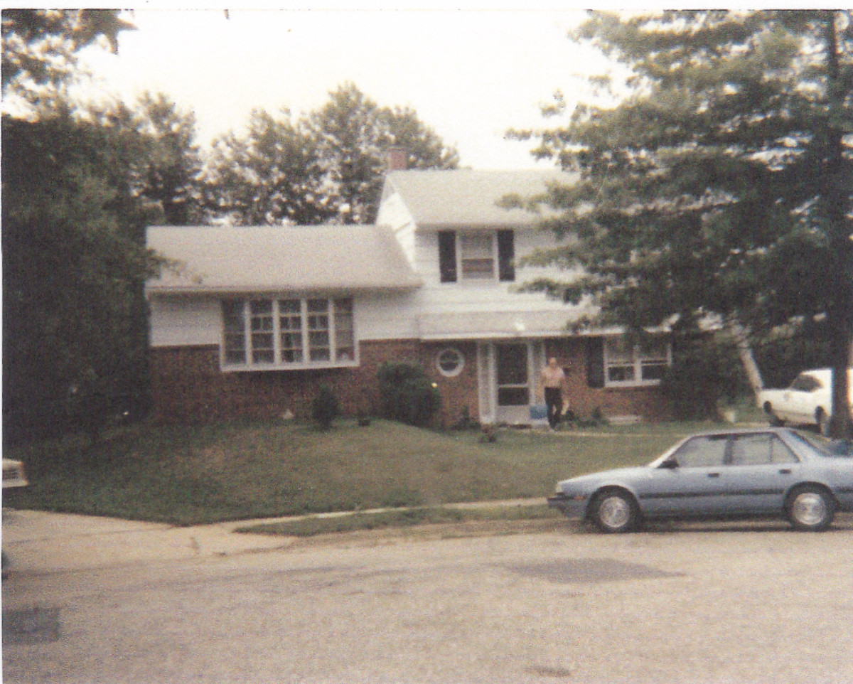 My home at 383 Jay Bea Ct. in Glen Burnie, Maryland.  Picture taken in the 1980s.