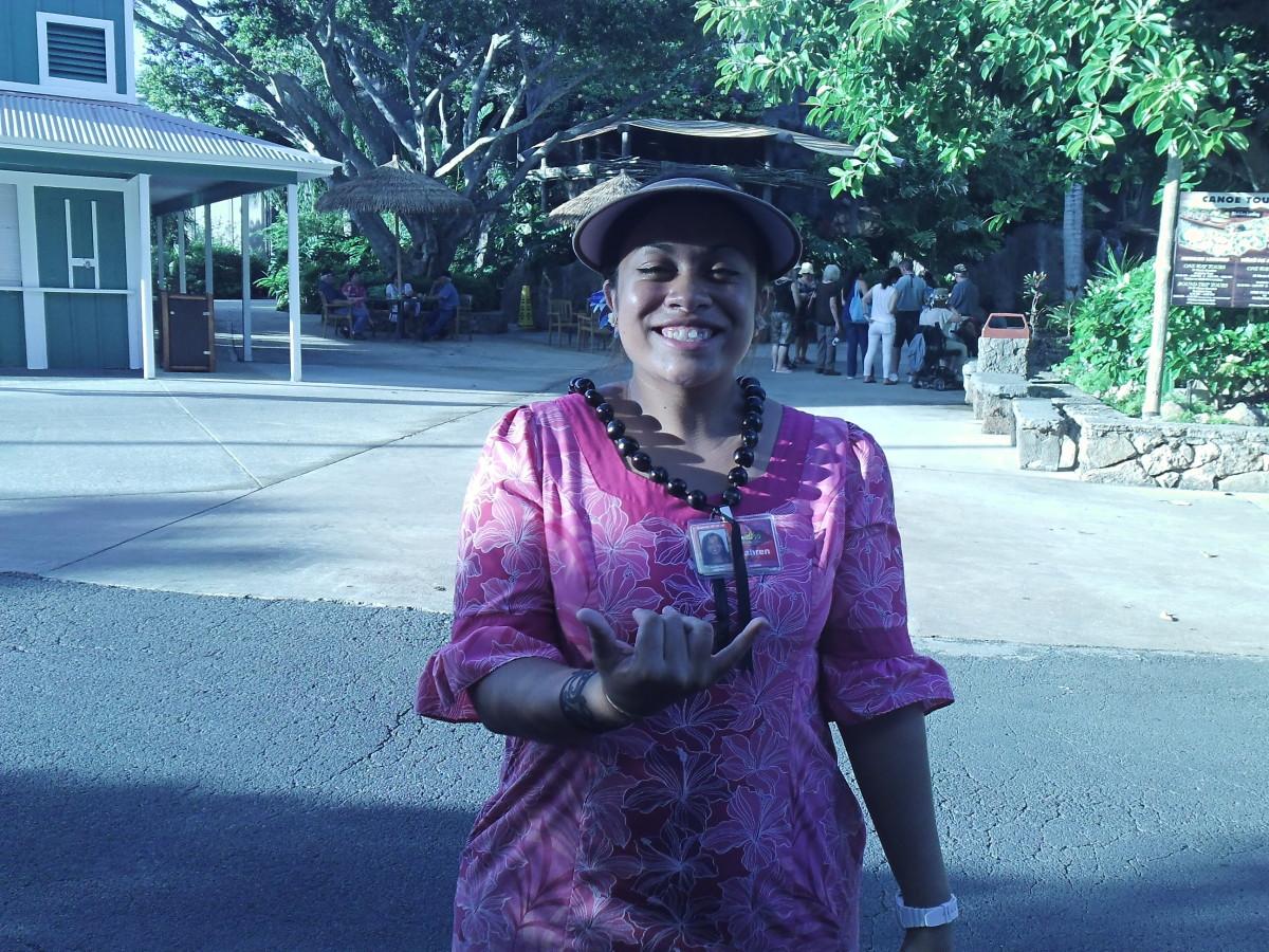 Faren, our tour guide at Polynesian Cultural Center