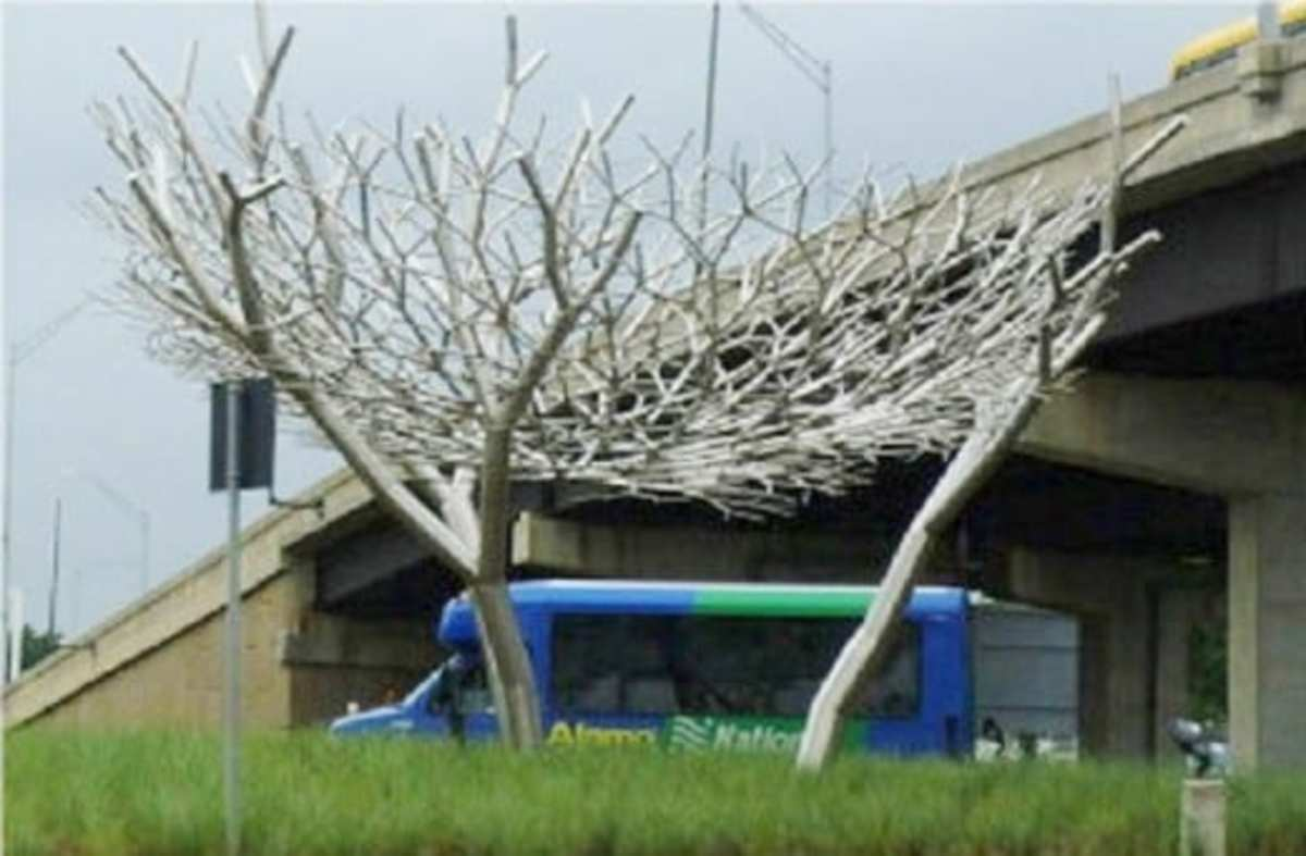Ernst & Kittelson sculpture at Houston Hobby Airport Source: By Hourick (talk). Hourick at en.wikipedia [Public domain], from Wikimedia Commons