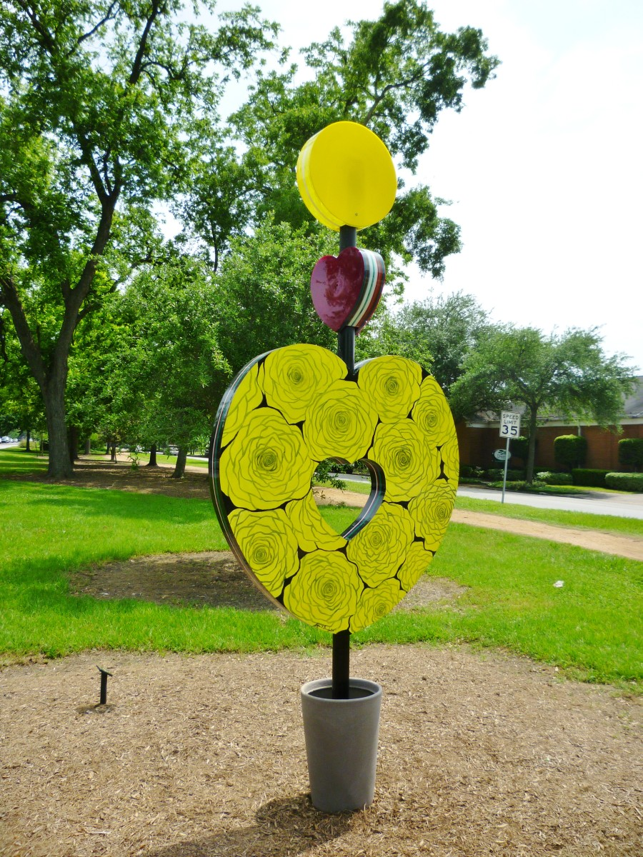 """Heart of the Heights"" sculpture by Eisenhut/Ramos in True South sculpture exhibit Houston"