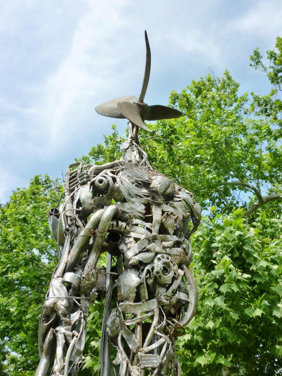 """""""Constant Gardner"""" sculpture by Mark Bradford in True South sculpture exhibit Houston"""
