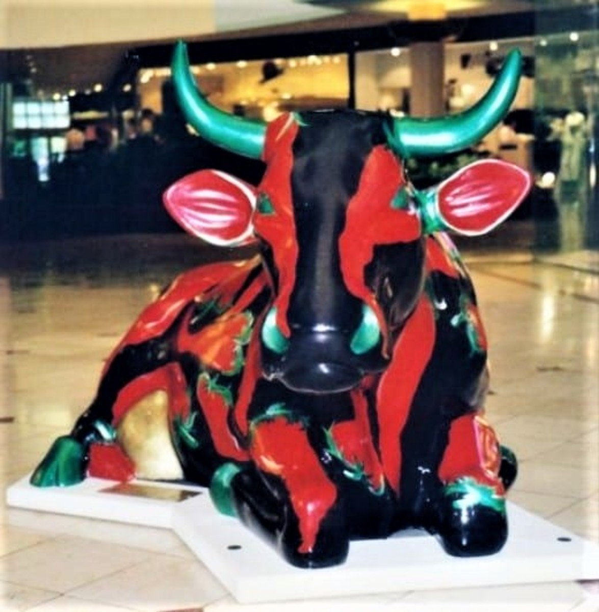 """Texas Hot Mama by Ann """"Sole Sister"""" Johnson. Located in the Galleria Mall."""