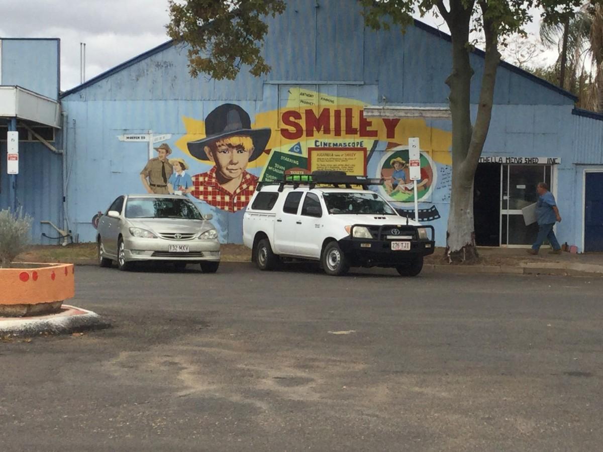 """Smiley"" mural on Men's Shed, Augathella, QLD, Australia"