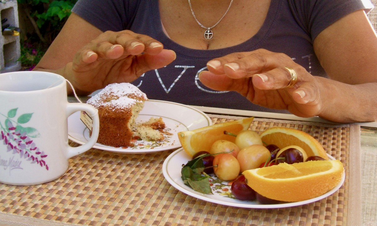 With this posture, the prayer can transmit healing energy from a person's hands to the food itself.