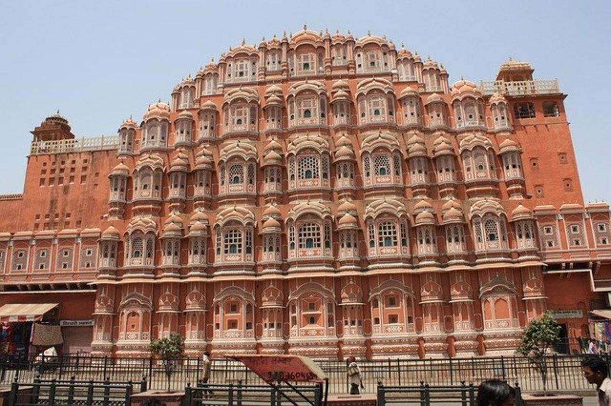palaces-in-india-poems