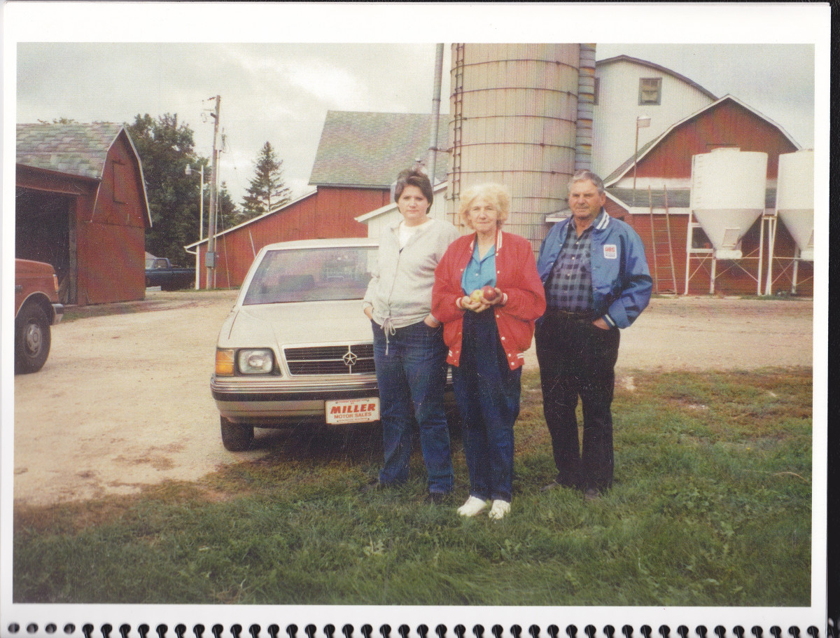 Taken around 1995 on my sister Patty's farm in Manitowoc, Wisconsin