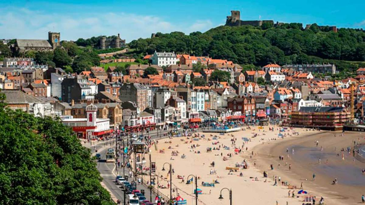 The South Bay, Scarborough, site of the original Skarthiburh established in the 10th Century by Icelander Thorgils 'Skarthi' ('Harelip') after the death of his brother Kormak in Pictland (north-eastern Scotland)