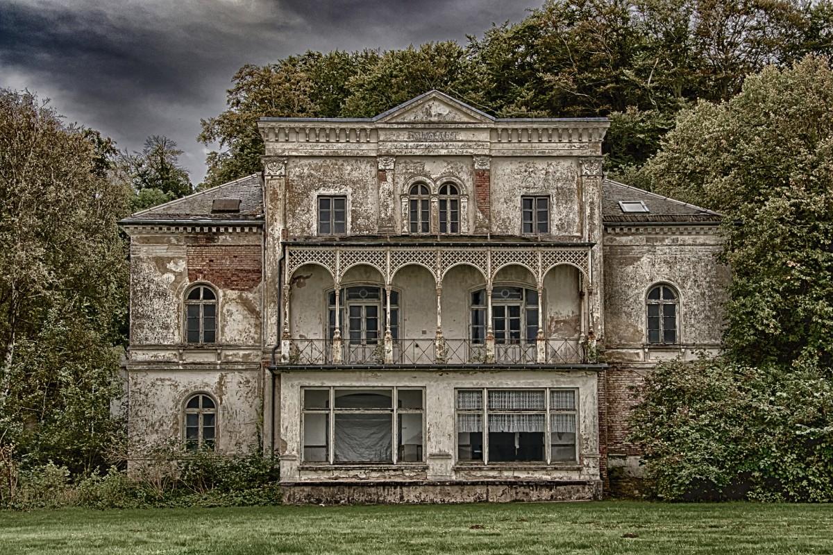 Fairhope Boarding House