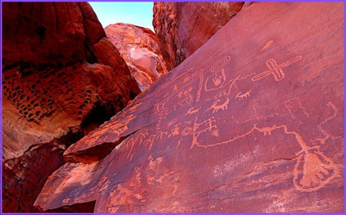 The Indians who lived near The Valley of Fire for thousands of years have left petroglyphs to tell their stories.