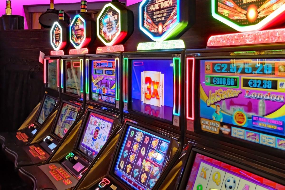 Poker machines (pokies)