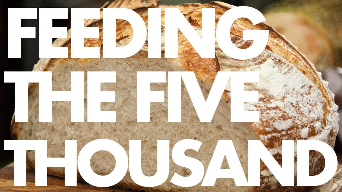 feeding-of-the-four-thousand-and-feeding-of-the-five-thousand-compared