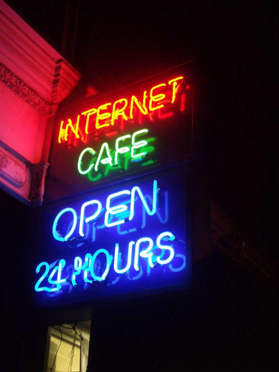 Some Oildale establishments are open 24 hours