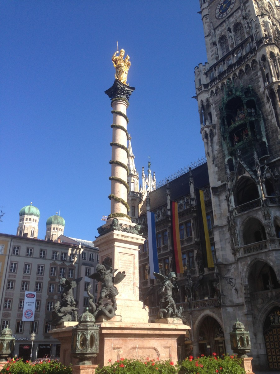 Mary's Square, Munich