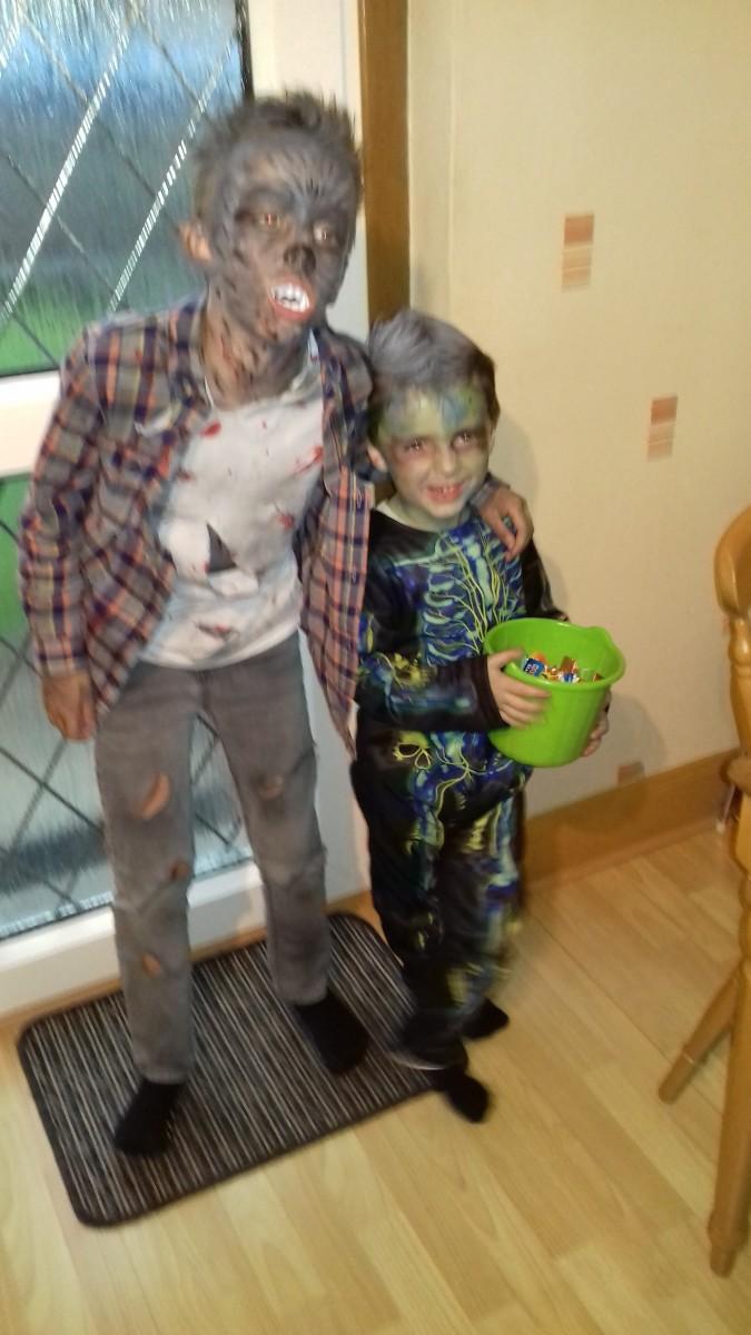 Lynseys boys at halloween