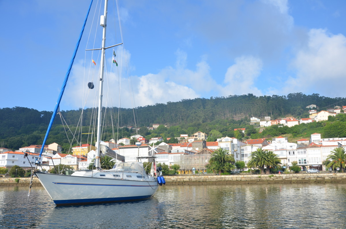 Anchored off Muros