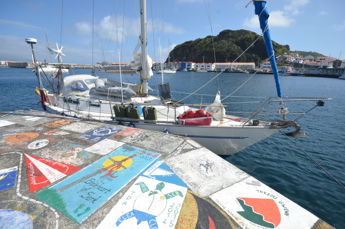 Plancius in Horta, Azores after 26 days from St Martin. Another 13 days to go before home.
