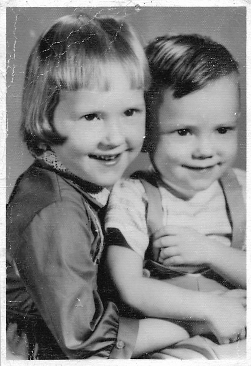 Me and my sister, Rhonda, 23 November 1963