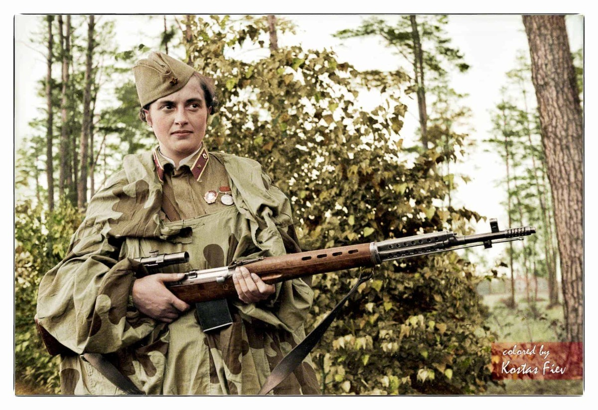 Lyudmila Pavlichenko with a sniper rifle.