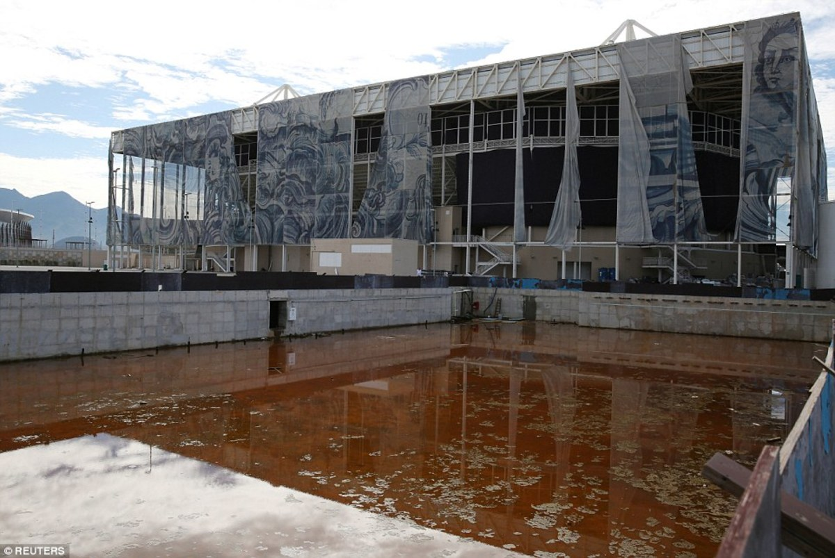 The Aquatics Center, only built as a temporary structure, was meant to be converted into two schools following the Games as part of Brazil's recycling plan.