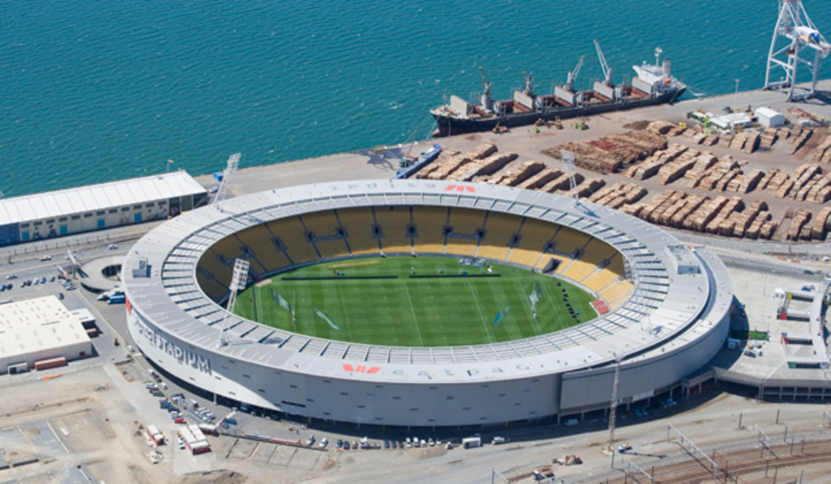 "Known by locals as the ""Cake Tin,"" Westpac Stadium in Wellington, New Zealand hosted New Zealand's 2010 World Cup qualification play-off against Bahrain on November 14, 2009."