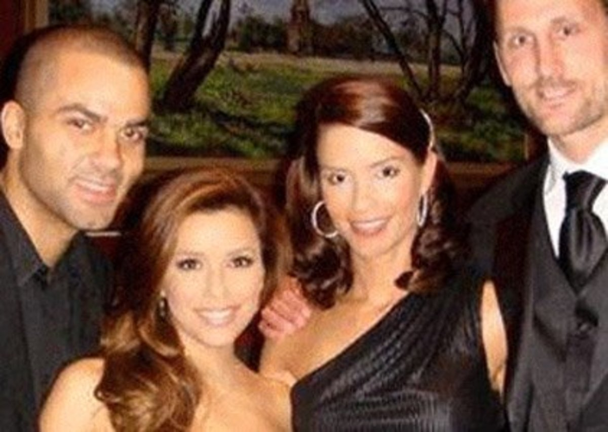 An awkward picture of Tony Parker, Eva Longoria, Brent Barry and Erin Barry. The couples were close friends, but in the end, both relationships crumbled.