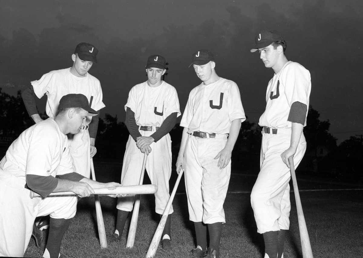 The Joplin Miners, 1950: Mickey Mantle is second from the right.