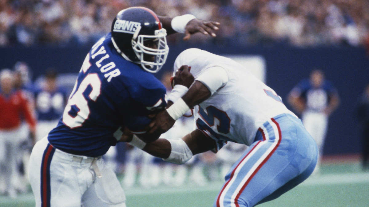 Lawrence Taylor is the best weakside ROLB ever, and arguably the greatest linebacker period.