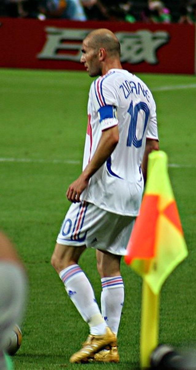 Zinedine Zidane led France to 2 World Cup Finals, but things had been slightly different, he could have led Blackburn Rovers to a 2nd Premier League title.