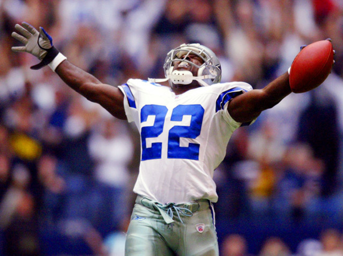 Emmitt Smith has played the second most game of any NFL running back in history.