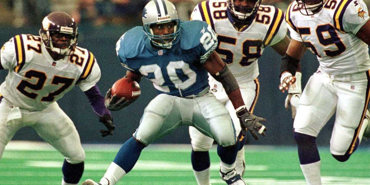 Barry Sanders is the second-best statistical running back out of the four mentioned in this article. He's second all-time in rushing yards per game with 99,8.