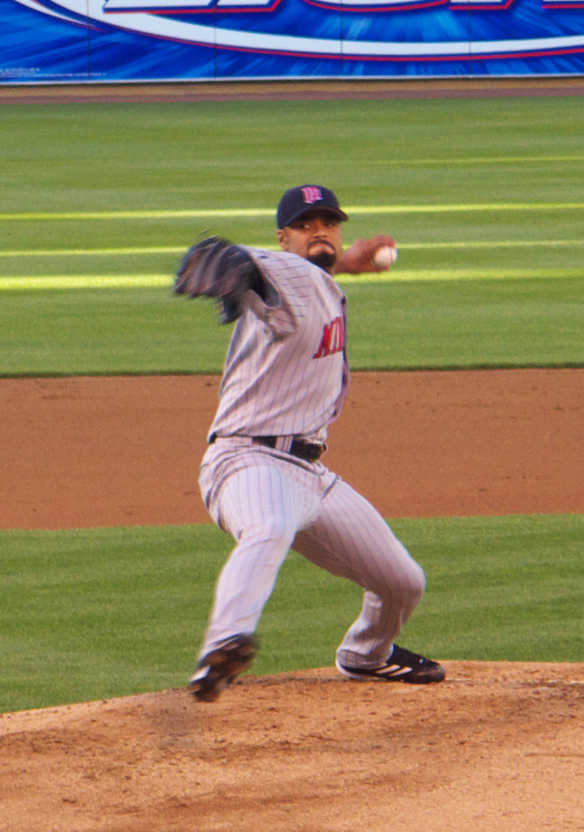 Johan Santana pitching for the Minnesota Twins, 2006.