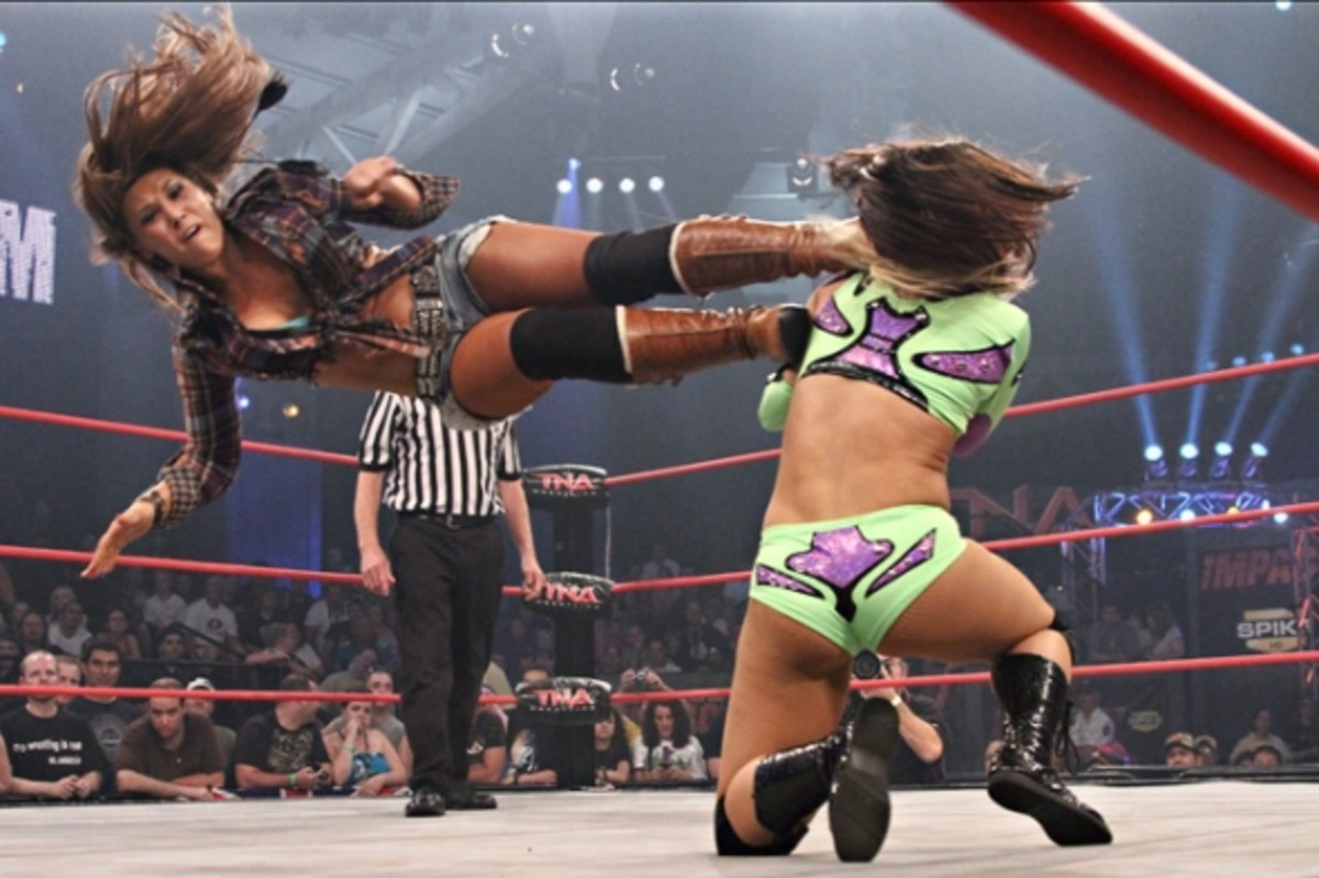 Mickie James with a dropkick
