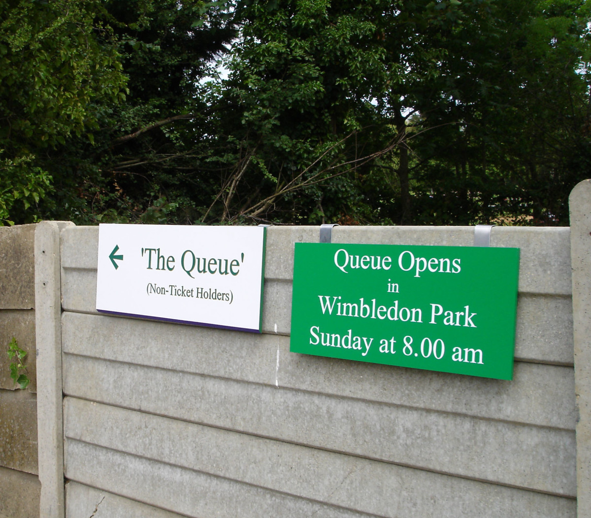 """The Queue"" sign"