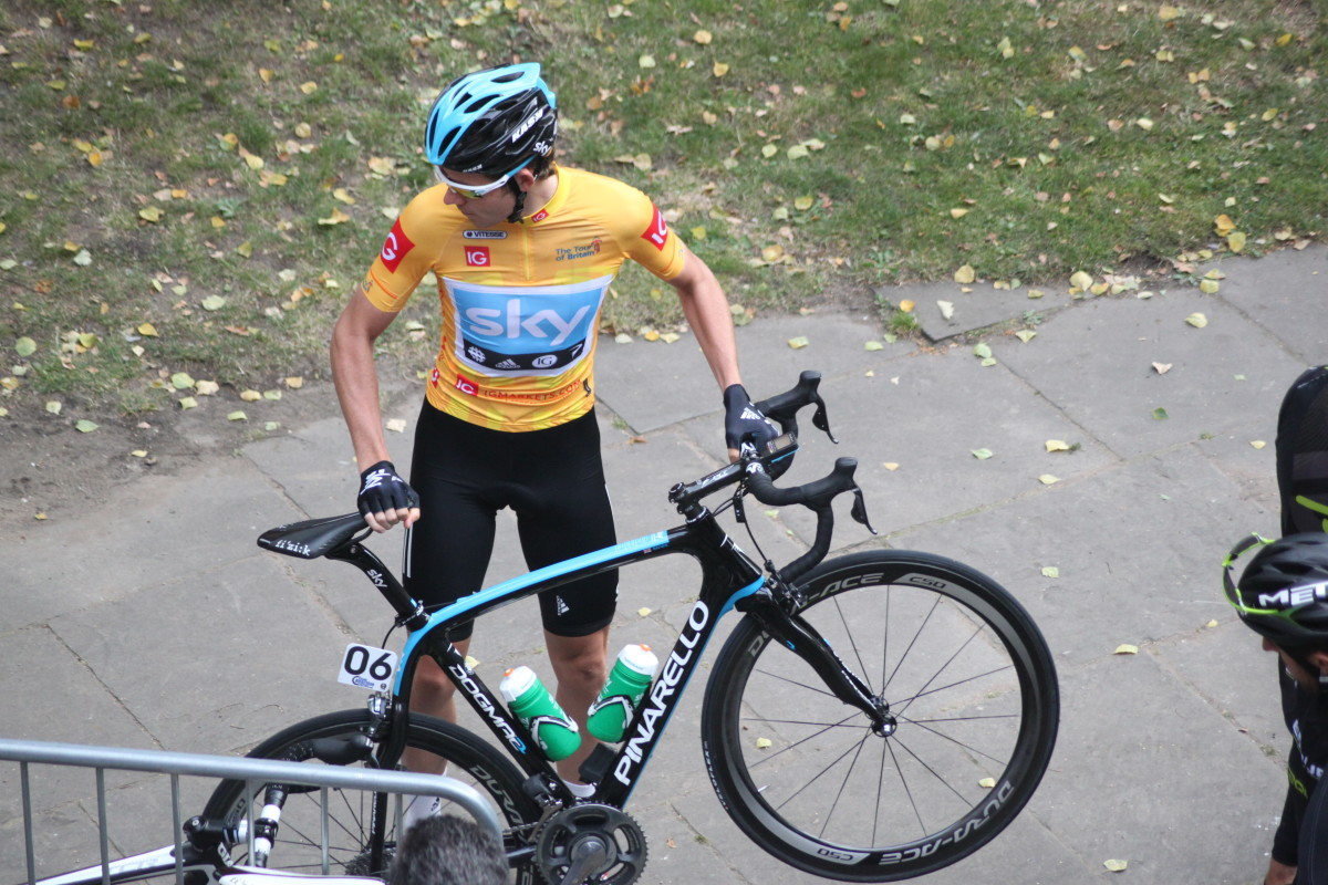 Team Sky's Luke Rowe at the Tour of Britain 2012 with a Pinarello Dogma like the one used by Bradley Wiggins in his Tour De France win. Equipped with Di2 Dura-Ace