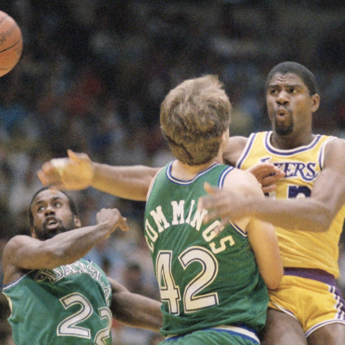 Magic Johnson's sensational passing amazed the whole world.