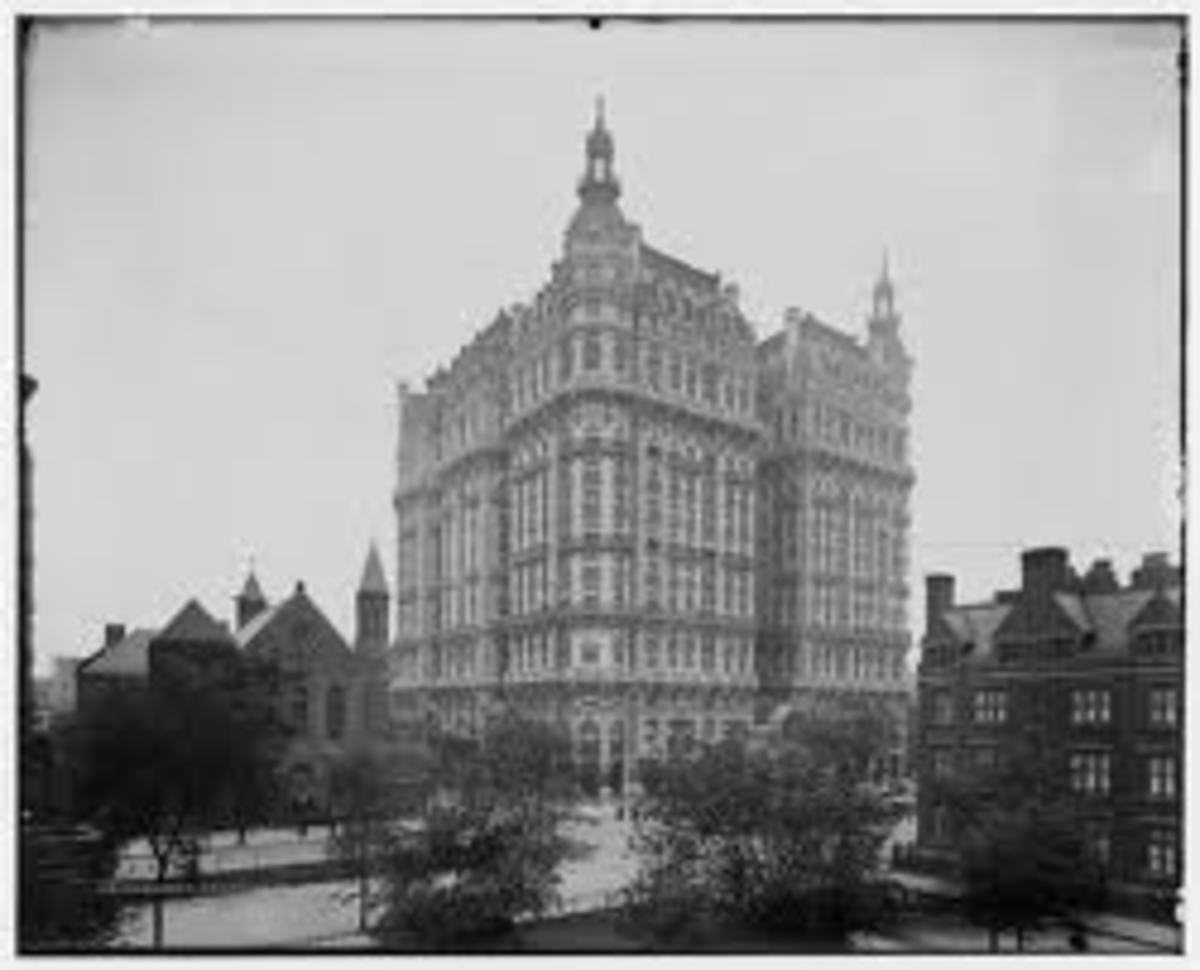 The Ansonia a century ago. The Babe would still recognize it as home. The view is from the opposite side from the modern picture.