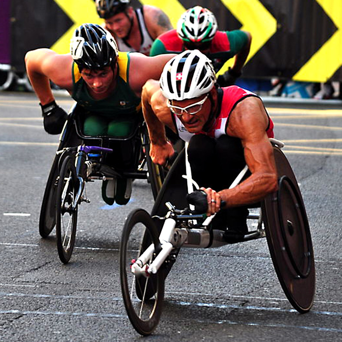 Participants in the paralympic marathon