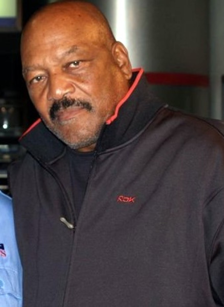 Jim Brown, the Wilt Chamberlain of football