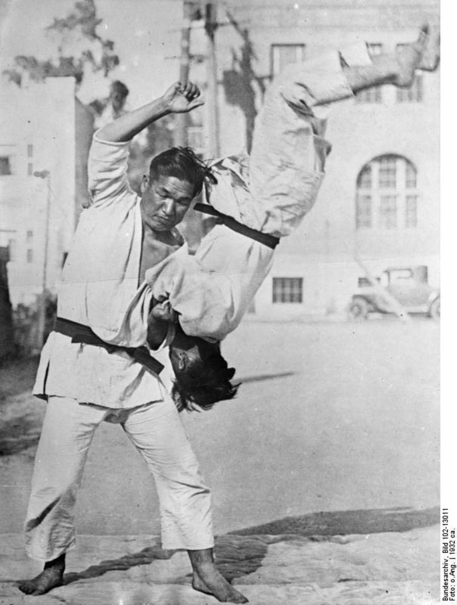 A fun Jiu Jitsu throw.
