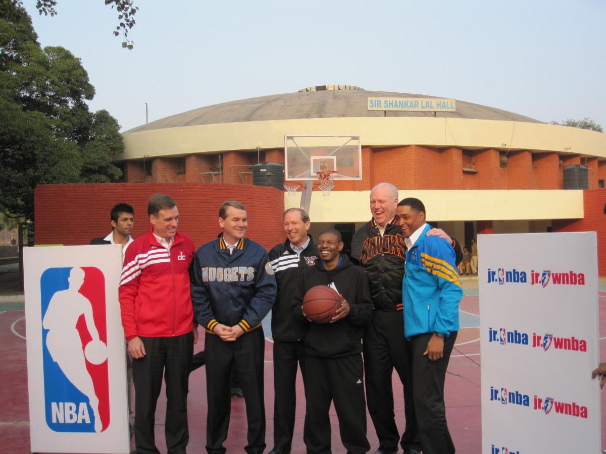 Muggsy posing with several senators and congressmen.