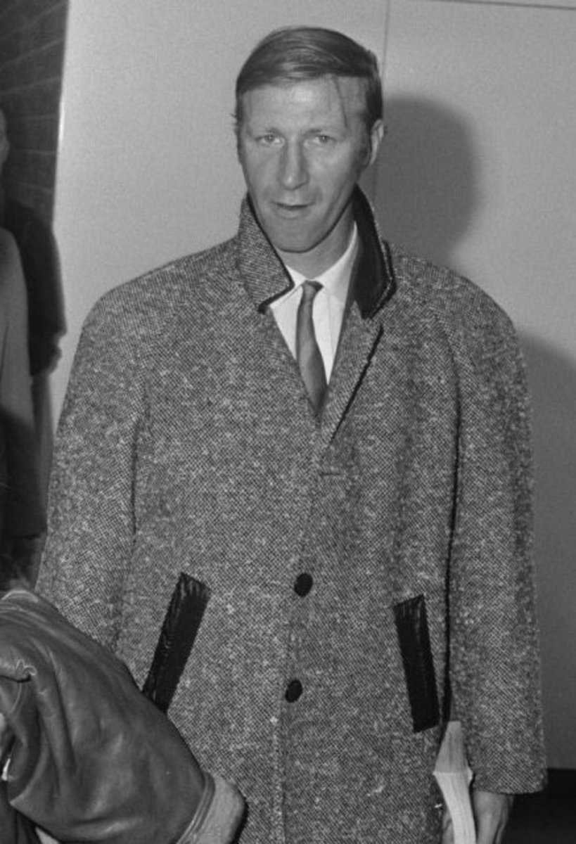 Charlton spent his entire club career with Leeds, making 629 league and 762 total competitive appearances (club records).  He was also part of the England team that won the 1966 World Cup.