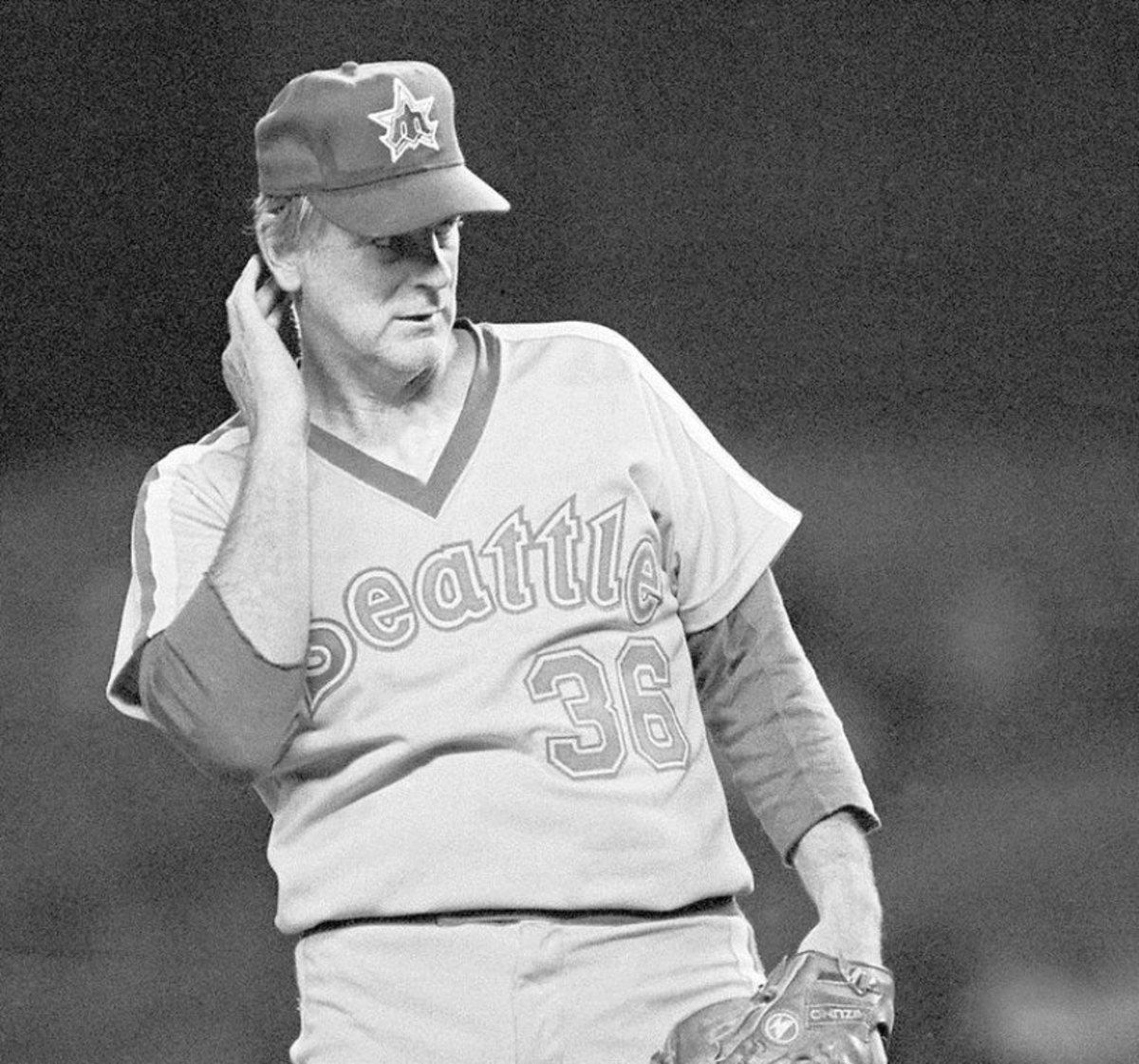 8413f3af7 Strike Three: Baseball Is Dead | HowTheyPlay