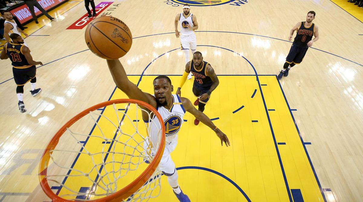 kevin_durant_joins_the_golden_state_warriors_to_form_a_superteam