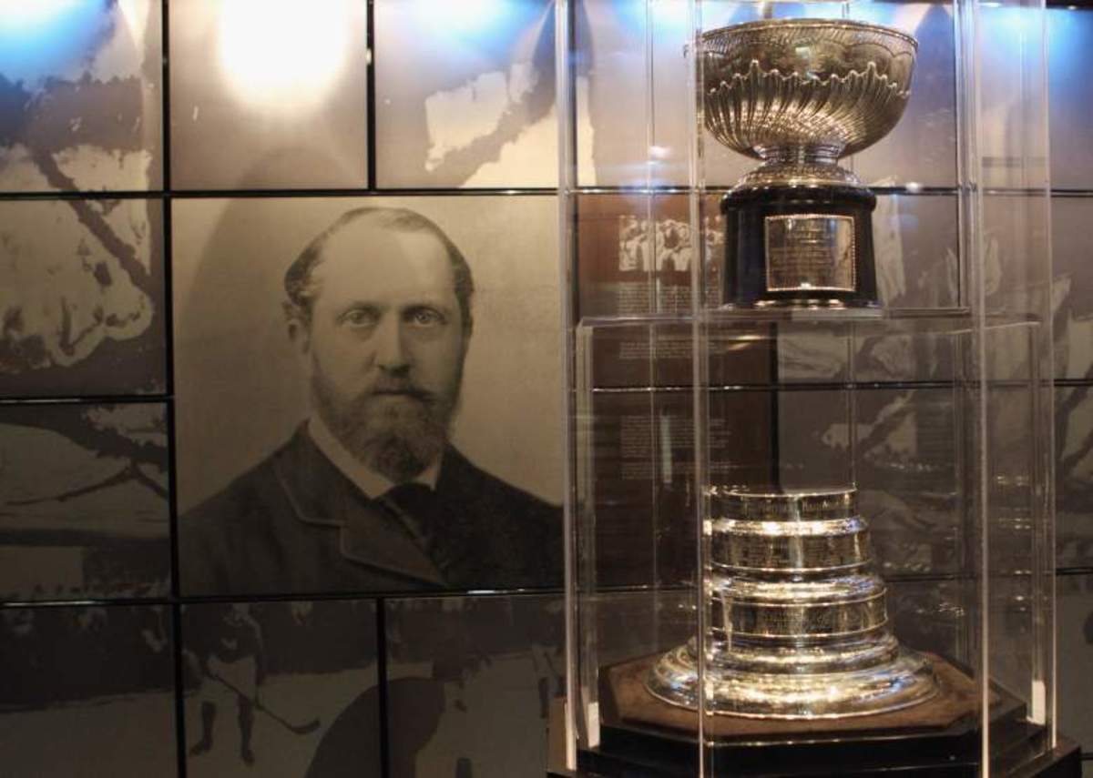 Picture of Lord Stanley and Original Stanley Cup