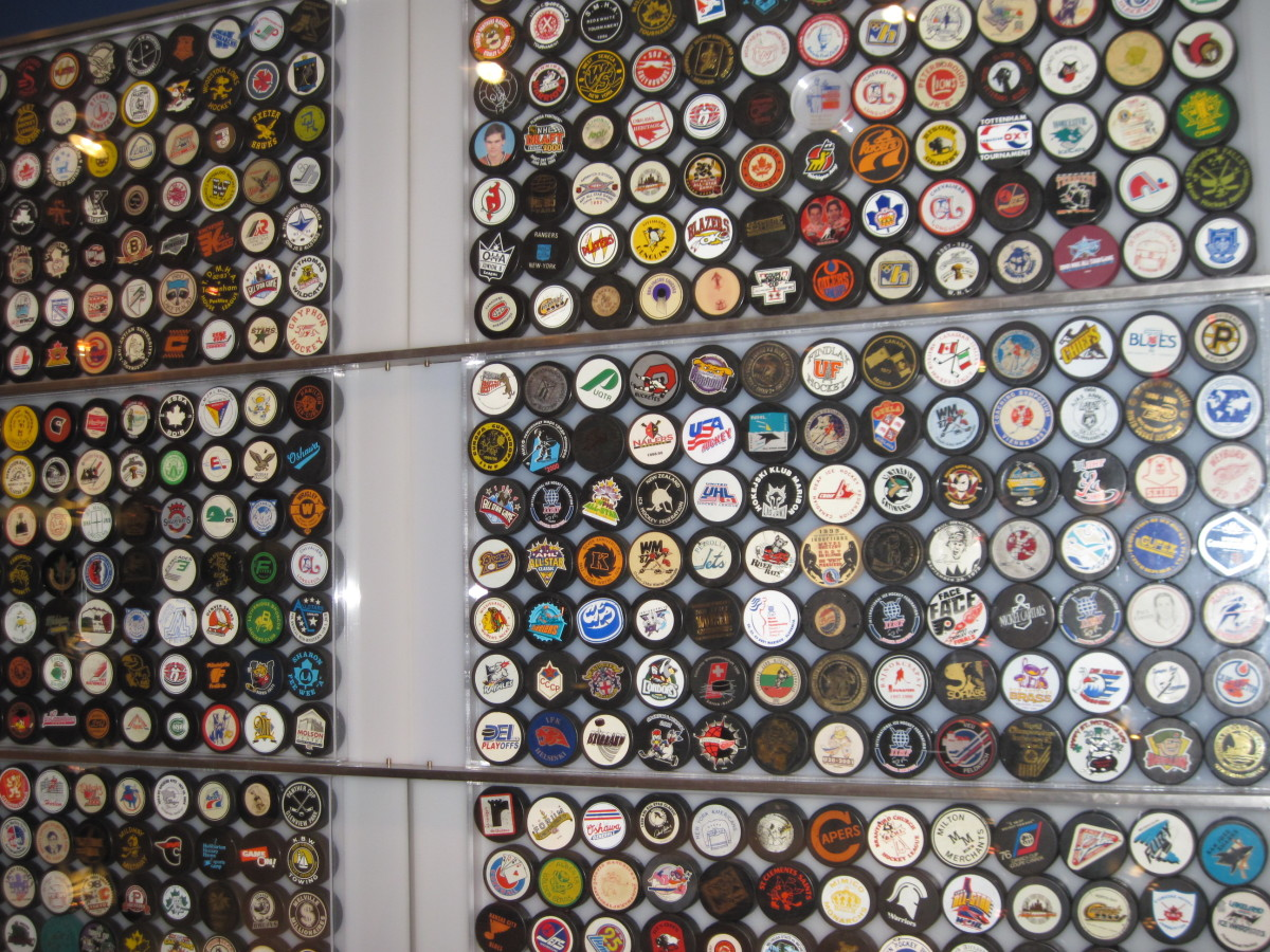 Puck Wall display
