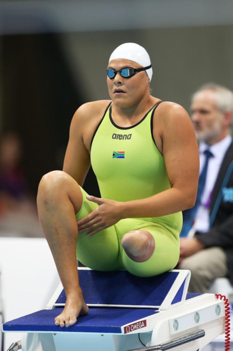 Natalie du Toit during swim competition.