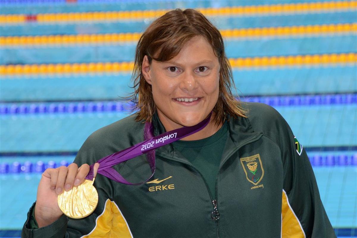 Natalie du Toit With a Gold Medal